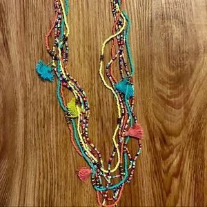 Jewelry - Beautiful NEW Ladies fringe necklace in multicolor